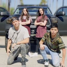 We posted a video today with these awesome guys!! Click the link in my bio to watch!! Also we did 2 other videos on @mattsteffanina's channel and @dtrix__'s channel  we did lots of dancing  watch my story to watch their videos!