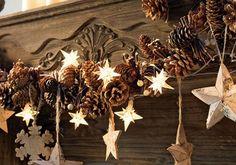 Beautiful pinecone garland with stars from -   Weihnachtsbaumschmuck: Girlande mit Sternen - Weihnachtsbaumschmuck 14 - [LIVING AT HOME]