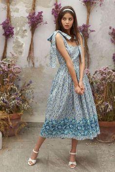 5645f8decbe1 142 nádherných obrázků z nástěnky lady dresses v roce 2019