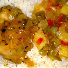 Pollo a la naranja, papas guisadas y arroz