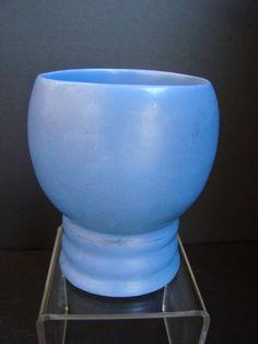 "Tudor Pottery tumbler with 3 rings, 4"" tall"