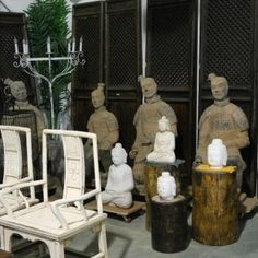 MeWha and Kojeon Antique Furniture shopping.  I need to get here.
