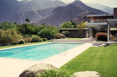 AD Classics: Kaufmann House / Richard Neutra
