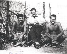 «Ου περί χρημάτων τον αγώνα ποιούμεθα, αλλά περί αρετής». Η απάντηση του Κύπριου αγωνιστή Κυριάκου Μάτση στον Βρετανό κυβερνήτη όταν προσπάθησε να τον εξαγοράσει. Τον εξόντωσαν στο καταφύγιό του με 2 χειροβομβίδες...   Διαβάστε όλο το άρθρο: http://www.mixanitouxronou.gr/ou-peri-chrimaton-ton-agona-pioumetha-alla-peri-aretis-i-apantisi-tou-kipriou-agonisti-kiriakou-matsi-ston-vretano-kiverniti-otan-prospathise-na-ton-exagorasi-ton-exontosan-sto-katafigio-tou-me/