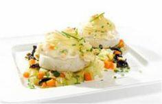 Fishburgers de Pescada com Cobertura de Maionese e Puré em Cama de Legumes Salteados  - Consultem esta deliciosa receita e ajudem-me a ganhar um Tablet na Promoção Poupar e Ganhar, só com a Pescanova.