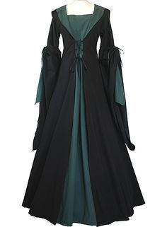 I found 'Slytherin Robe' on Wish, check it out! Would work great at Renaissance fairs Moda Medieval, Medieval Dress, Medieval Costume, Harry Potter Cosplay, Harry Potter Outfits, Harry Potter Dress, Mode Renaissance, Costume Design, Nice Dresses
