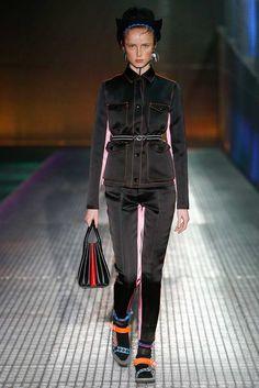 Prada Spring 2017 Menswear (Resort 2017) Accessories Photos - Vogue