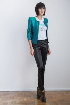 #gverri #gverristore #inverno2013 #t-shirt #casaqueto #verde #shantung #calça #couro  #preto #moda #fashion