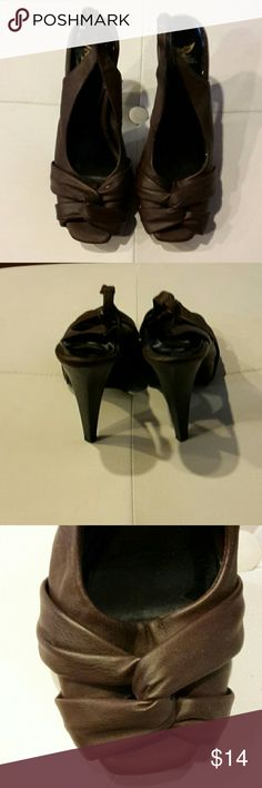 Sheikh Dark Brown Black Slingback Heels Excellent Condition, Worn Once, Looks New, Knot   Top, Sorry No trade. Thank you for sharing my closet, I will ALWAYS show you Posh Love by doing the same. No Additional Discount, priced to sell! Shiekh Shoes