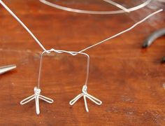 House InsideOut: Wire Bird Legs Tutorial....(this tutorial is for the birds! i LOVE it and will try it!)....