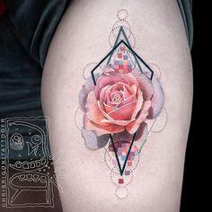 40+ delicati e sensuali tatuaggi con le rose: foto e significato