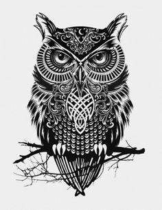 Красивый черно-белый эскиз татушки - сова на ветке