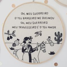 Clube do Bordado Thread Art, Needle And Thread, Hand Embroidery Art, Cross Stitch Embroidery, Diy Bordados, Images Esthétiques, Cross Stitching, Textile Art, Dressmaking