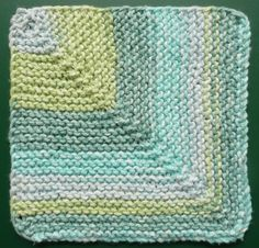 blog with free patterns for dishcloths using one ounce of yarn