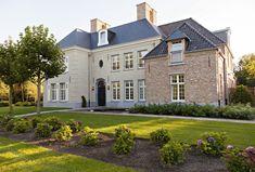B+ Villas Renovation Interiors - Klassiek Landhuis Oud Turnhout
