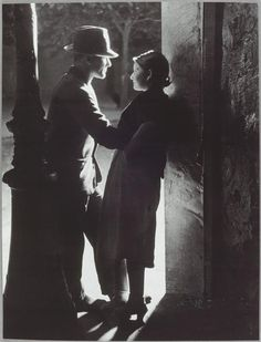 Lovers in Paris, Brassai  So want to do a Perry and Lesa remake of this.