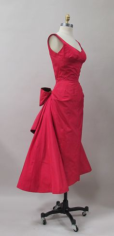 Silk cocktail dress by Charles James (American, born Great Britain, 1906–1978), 1952-53.  The Metropolitan Museum of Art