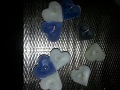 kaarsen hart heart in een siliconen ijsblokjes ding kaarsvet met lontje erin laten uitharden. kan je het er zo uitdrukken
