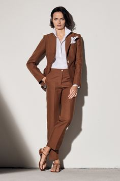 Kiton Spring 2020 Ready-to-Wear Collection - Vogue Source by mercimedley fashion 2020 Office Fashion, Fashion 2020, Fashion Trends, Workwear Fashion, Fashion Blogs, Fashion Fashion, Winter Fashion, Vogue Paris, Style Minimaliste