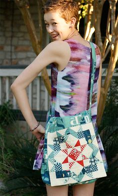 Such a great sewing pattern for any age. Quilt Fabric Messenger Bag