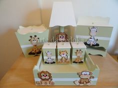 Shower Bebe, Baby Shower, Wooden Letter Crafts, Boys Toy Box, Kit Bebe, Baby Kit, Baby Album, Pretty Box, Room Signs