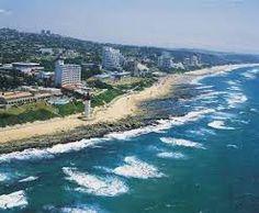 Umhlanga Rocks - elegant seaside suburb of Durban, KwaZulu-Natal. O'Conner Promenade and Natal Sharks Board. Beautiful Places To Visit, Beautiful Beaches, Places To See, South Beach, Durban South Africa, Kwazulu Natal, Out Of Africa, Beaches In The World, Pretoria