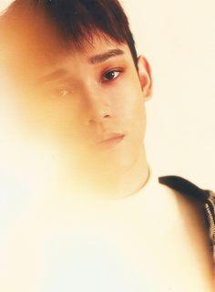 Chen ~ oh my Lordy Lord he looks so handsome, those eyebrows Exo Chen, Exo K, Kpop Exo, Orange Aesthetic, Kpop Aesthetic, Wallpapers Kpop, Exo For Life, Chanyeol Baekhyun, Exo Album