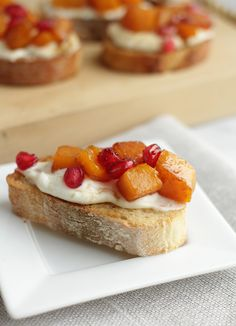 Roasted Garlic and Butternut Squash Crostini with Fig Balsamic, De Nigris 1889 - Bringing the best of Italy to your table.