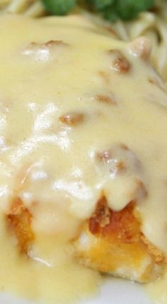 Ritz Cracker Chicken - Cheesy chicken covered with crispy, baked Ritz Crackers and topped with a creamy, flavorful sauce! Turkey Dishes, Turkey Recipes, Meat Recipes, Chicken Recipes, Cooking Recipes, Recipies, Chicken Meals, Casserole Recipes, Ritz Cracker Recipes