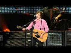 Paul McCartney en el Zocalo Ciudad de Mexico HD - YouTube