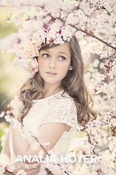 Cherry Blossoms by Analia Hoyer on Senior Photography, Spring Photography, Children Photography, Portrait Photography, Foto Casual, Spring Pictures, Girl Poses, Photoshop, Beautiful
