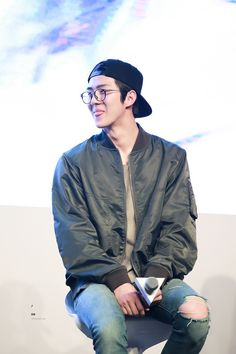Sehun - 160528 Hat's On fanmeeting Credit: Hyper Beat.