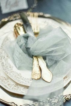 Elegant gold & tulle place setting.