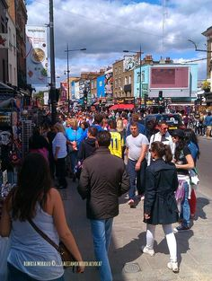LONDON CALLING…Camden Town http://facciamocheerolacuoca.blogspot.it/2014/08/london-callinguna-londra-formato.html