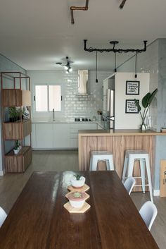 Youngsters Area Home Furnishings Kitchen Decoration - Great Ideas Loft Interior Design, Industrial Interior Design, Layout Design, Design Ideas, Kitchen Design, Kitchen Decor, Loft Interiors, Pink Home Decor, D House