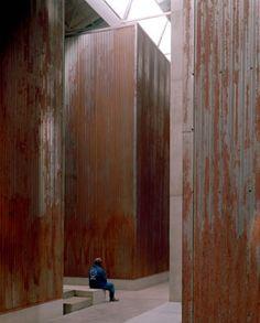 Noero Wolff, Red Location Museum, Port Elizabeth 2005