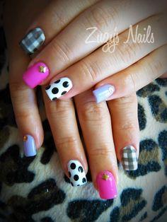 Zuzy's Nails: Más hermosos diseños de uñas Acrylic nails, nail art, nail polish, uñas decoradas, arte en uñas, uñas bellas, manicure, diseño con esmaltes