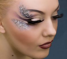 Butterfly-inspired eye makeup