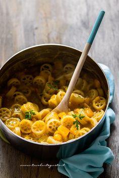 Pasta e Zucca - Ricetta Pasta e Zucca originale napoletana