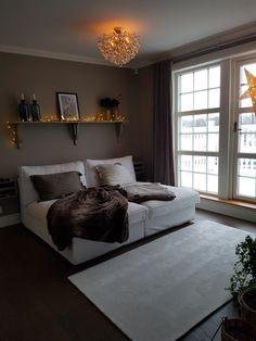 Hemma hos oss. #susannemio Houses, Bed, Furniture, Home Decor, Homes, Decoration Home, Stream Bed, Room Decor, Home Furnishings