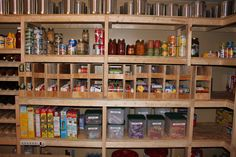 Emergency Prepping Pantry Food Storage Inspiration For Outliving A Catastrophe. Effortless Products In Prepping Your Pantry - An Intro - Prepper Bob Prepper Food, Survival Food, Outdoor Survival, Survival Prepping, Survival Skills, Survival Gadgets, Homestead Survival, Wilderness Survival, Camping Survival