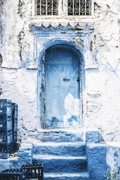 In my mind's eye - gyclli: Blue door /Chefchaouen, Morocco . Old Doors, Windows And Doors, Balkon Design, Blue Aesthetic, Music Aesthetic, Doorway, Architecture, Belle Photo, Shades Of Blue