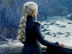 """ favorite game of thrones scenes "" Game Of Thrones Houses, Game Of Thrones Funny, Daenerys Targaryen, Khaleesi, Got Dragons, Mother Of Dragons, Emilia Clarke, Narnia, Elven Queen"