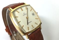 f5271f7088b5 Actualmente en las subastas de  Catawiki  Reloj de caballero - Omega Geneve  Automatic - original de la década de .
