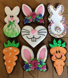 Decorated Easter cookies are such a cute addition to the Easter celebrations. Get some Easter cookie ideas here with bunny, eggs, and some Greek styles as well. Try to DIY some of these cookies at hom Fancy Cookies, Iced Cookies, Cut Out Cookies, Cute Cookies, Easter Cookies, Holiday Cookies, Cookies Et Biscuits, Easter Biscuits, Carrot Cookies