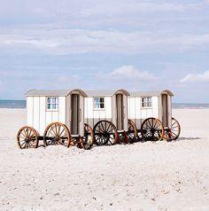 bathing huts ~ Hotel Seesteg//