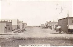 RP: Angus Street (dirt) , WINDTHORST , Saskatchewan , Canada , 00-10s Item# SCVIEW230345 (203121204)