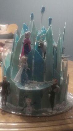 "Ice castle cake from ""frozen"""