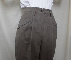 JODHPUR STYLE tailored pants  #zootsuit #highwaist #retrostyle #forties #jodhpur #trousers #dietrich #tailored #vintagepants #Etsy #JohnnyBombshell