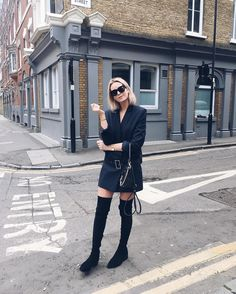 Who doesn't like to scroll through Instagram to find fashion inspiration? We rounded up seven outfits from a few of our favourite bloggers that will inspire your looks this week.Look 1             ...